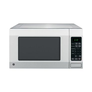 Mid-sized countertop microwave