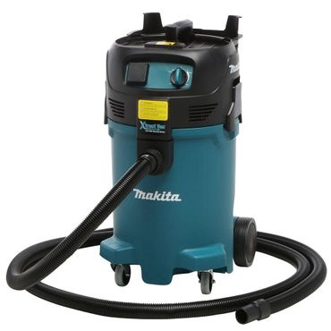 Makita VC4710 Review